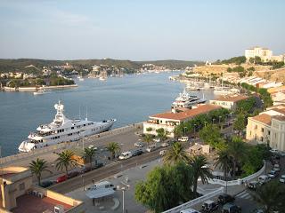 GSC realiza la primera obra de pocería sin zanja en Menorca