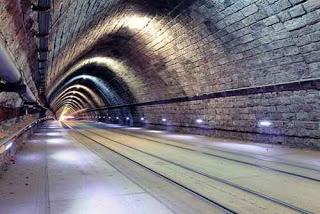 China enterrará cableado y tuberías en nuevos túneles subterráneos. ¿Buena o mala idea?